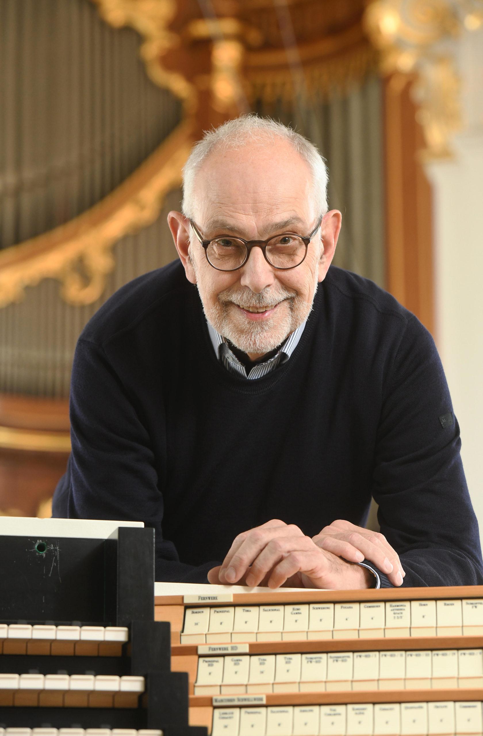 KMD Prof. Christoph Schoener, Hamburg